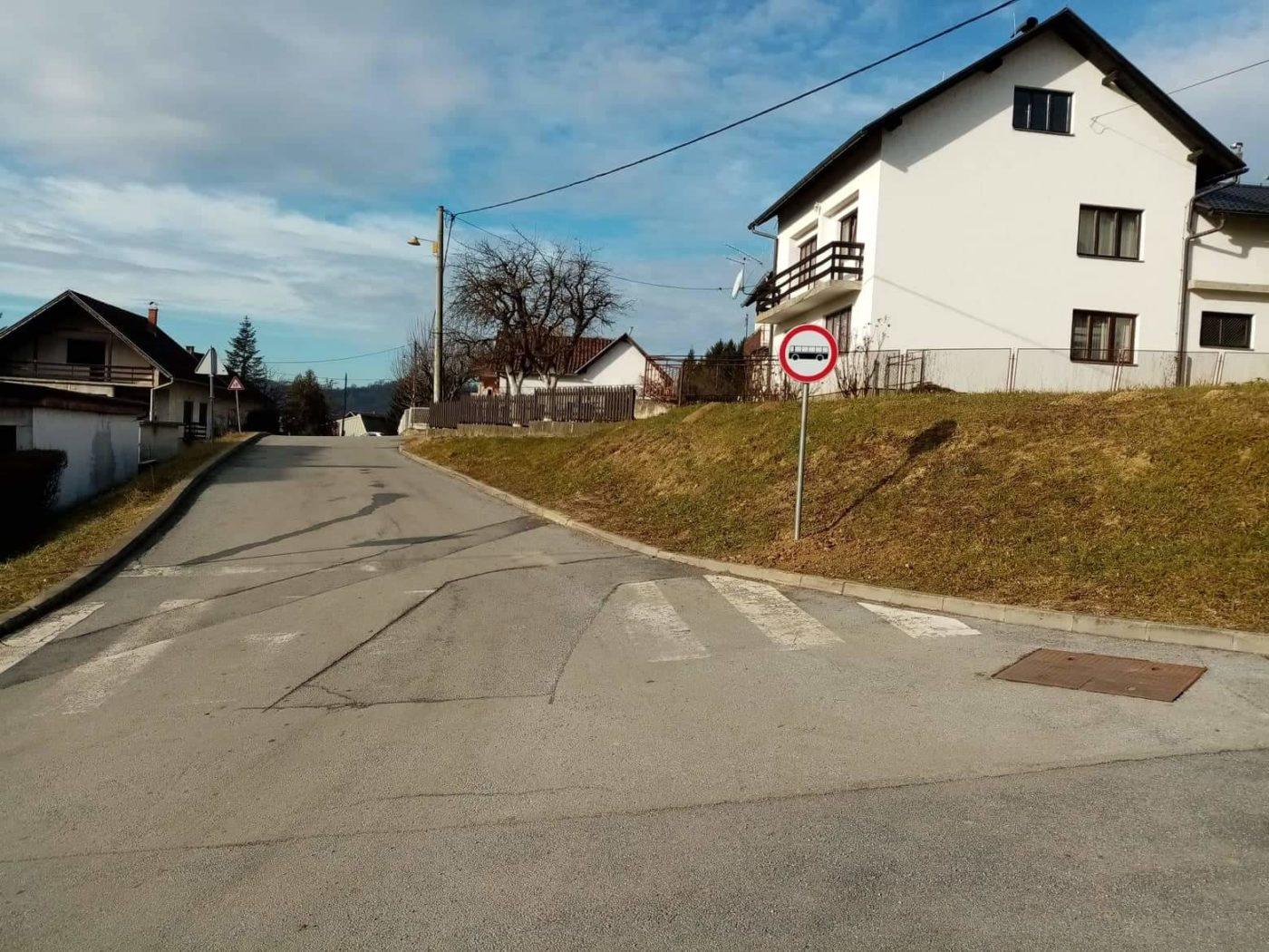 Novi prometni znakovi u Ulici hrvatskih branitelja